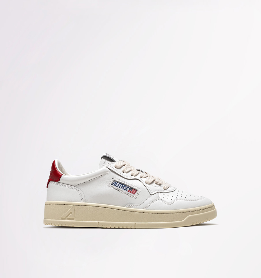 AUTRY: LOW SNEAKERS IN WHITE RED LEATHER
