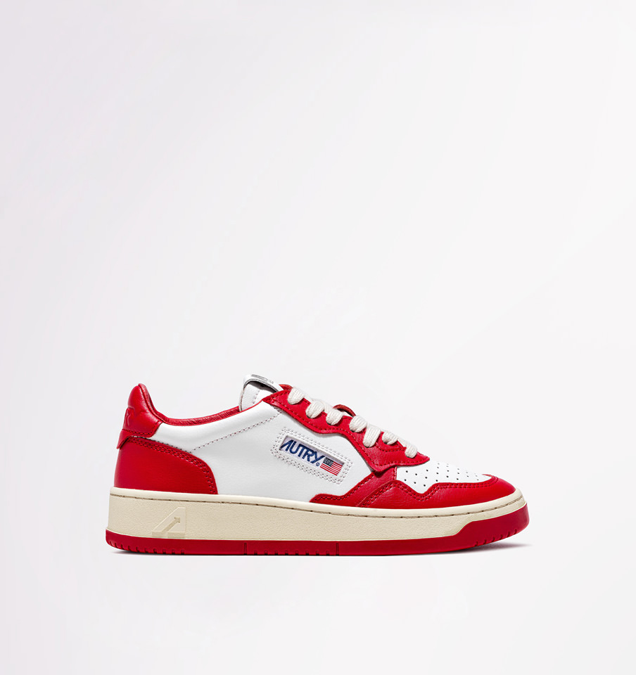 AUTRY: DALLAS LOW SNEAKERS IN LEATHER COLOR WHITE RED