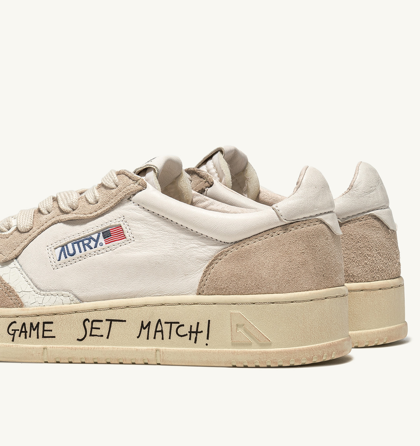 AUTRY: AUTRY SNEAKERS MEDALIST LOW IN PELLE E SUEDE BIANCO