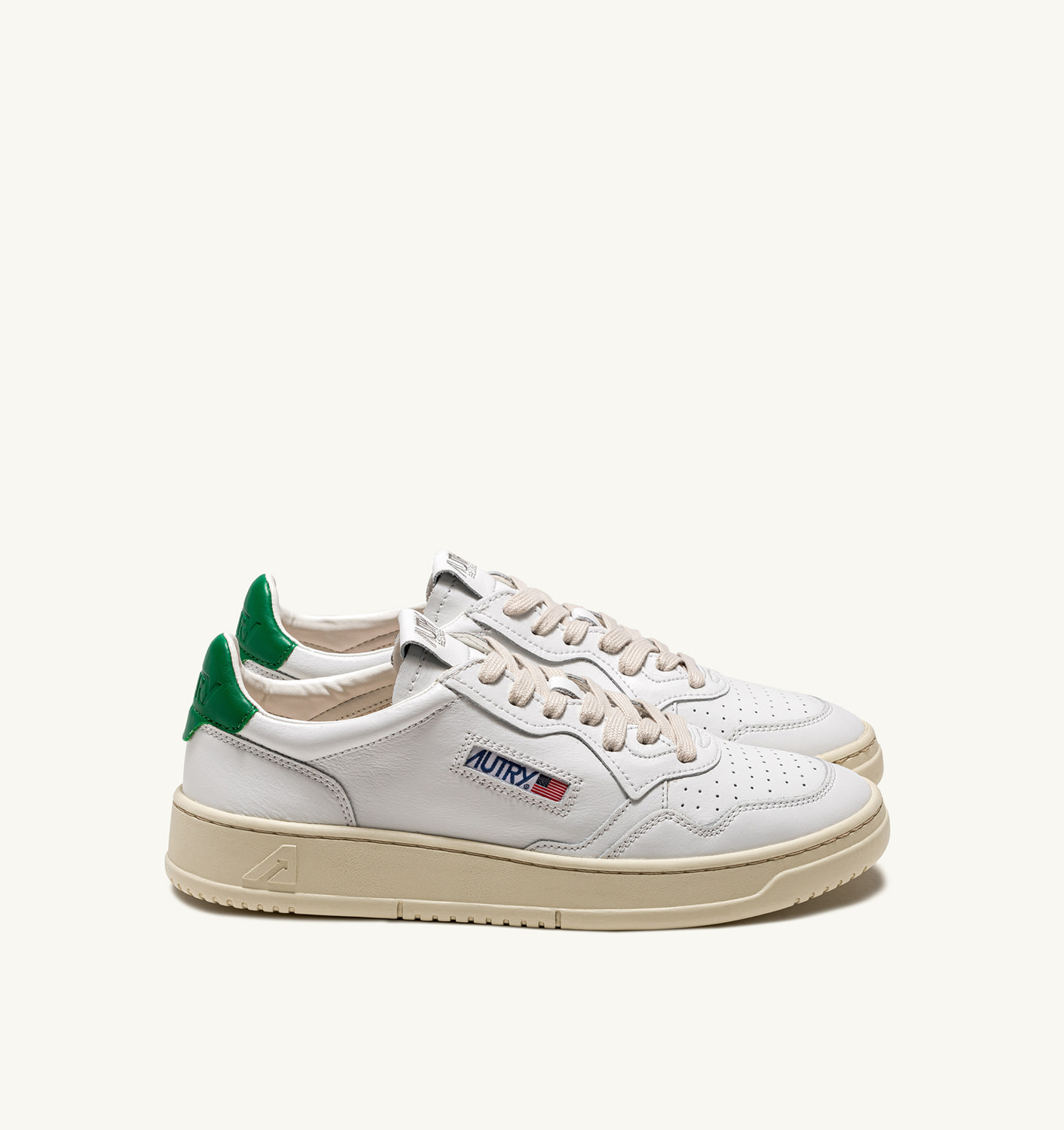 AUTRY: MEDALIST LOW SNEAKERS IN LEATHER COLOR WHITE GREEN